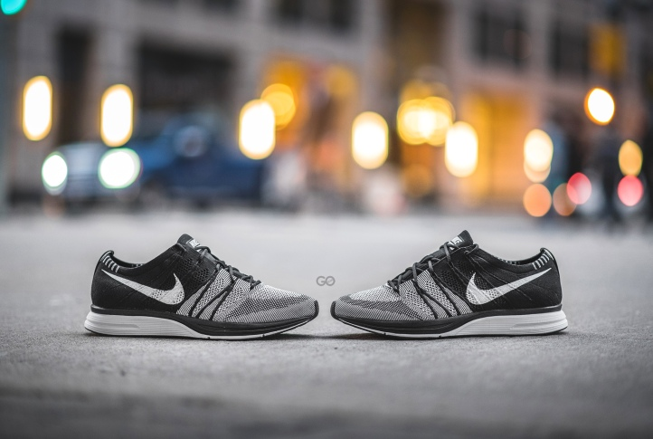 "d7e941ac7cfe2 Nike Flyknit Trainer ""Black   White"" (Oreo) Review – Sean Go"
