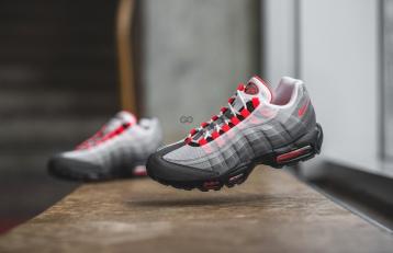"Nike Air Max 95 OG ""Solar Red"" Review – Sean Go f6190165b"