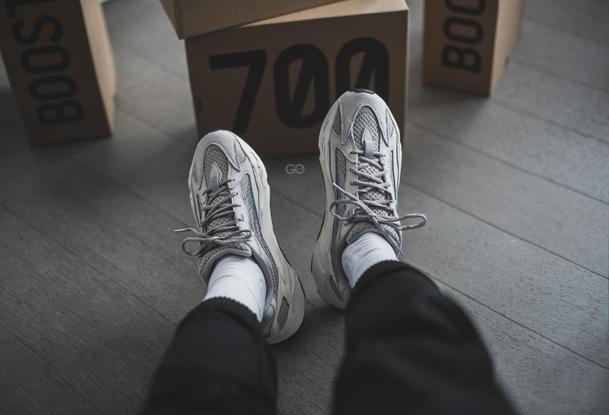"Adidas Yeezy Boost 700 V2 ""Static"
